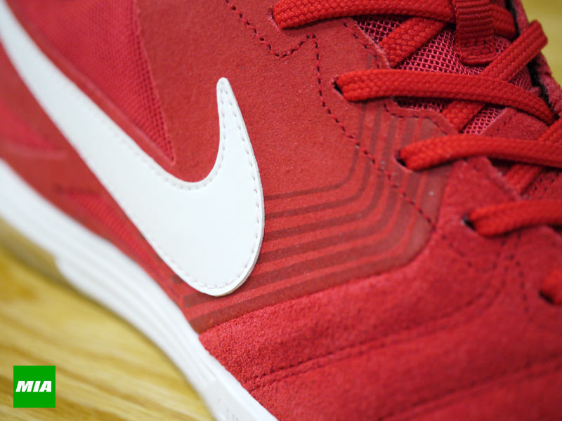newest d2f85 eb8b7 Nike SB Lunar Gato in University Red details