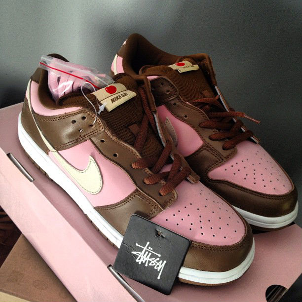 Spotlight // Pickups of the Week 11.10.12 - Nike SB Dunk Low Stussy by Plug