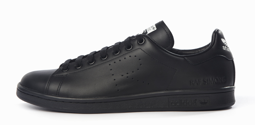 6394e8dec9aa9 Beat Up Raf Simons x adidas Stan Smiths Cost  455