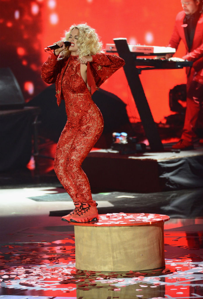Rita Ora wearing Air Jordan IX 9 Motorboat Jones (3)