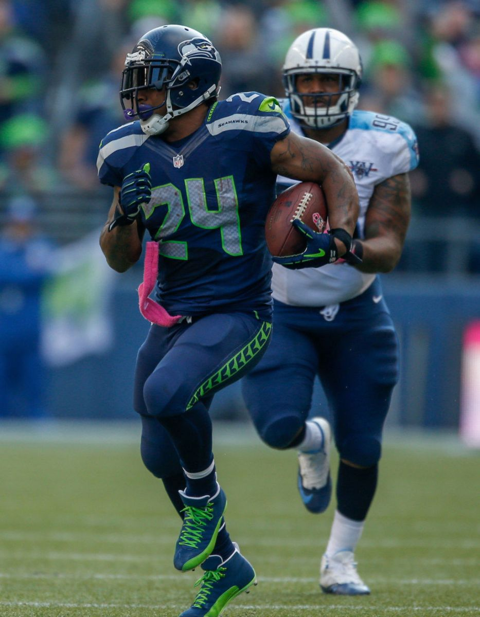Marshawn Lynch Wears Air Jordan 12 XII PE Cleats (3)