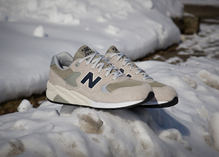 New Balance 580 Light Grey