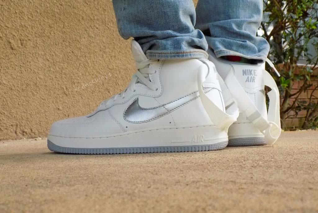 finest selection f2f4a 140d9 ... Shoe Nike Air Force 1 High Retro OG Kylie Jenner wearing ...