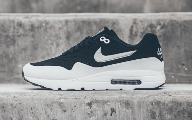the best attitude 5a1c3 a79da The Nike Air Max 1 Ultra Moire Is Available Now