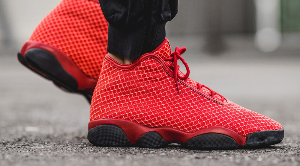 Jordan Horizon Red