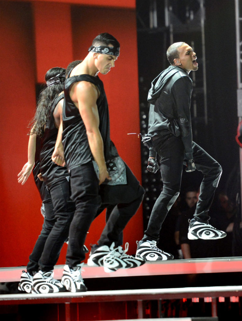 Chris Brown wearing Reebok Shaqnosis (3)