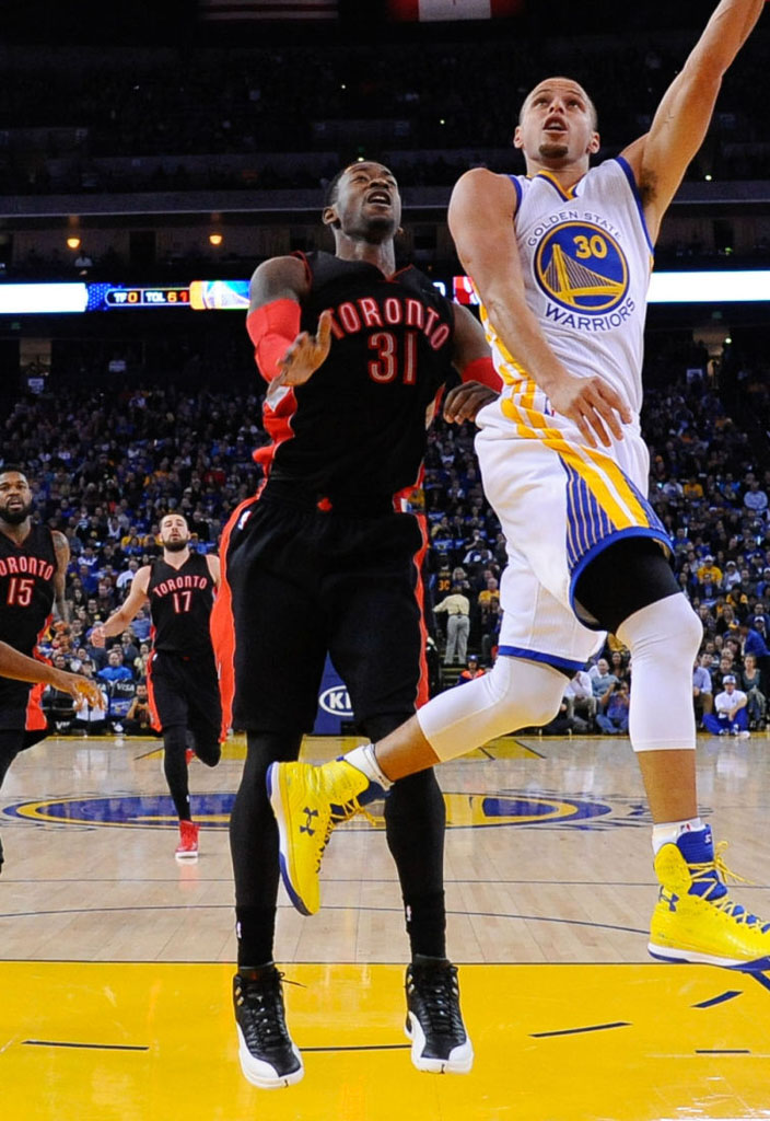 quality design 39fa6 ce094 Terrence Ross wearing Air Jordan XII 12 Playoff (2)