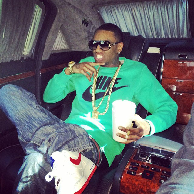 Soulja Boy wearing Nike Air Force 1 Low