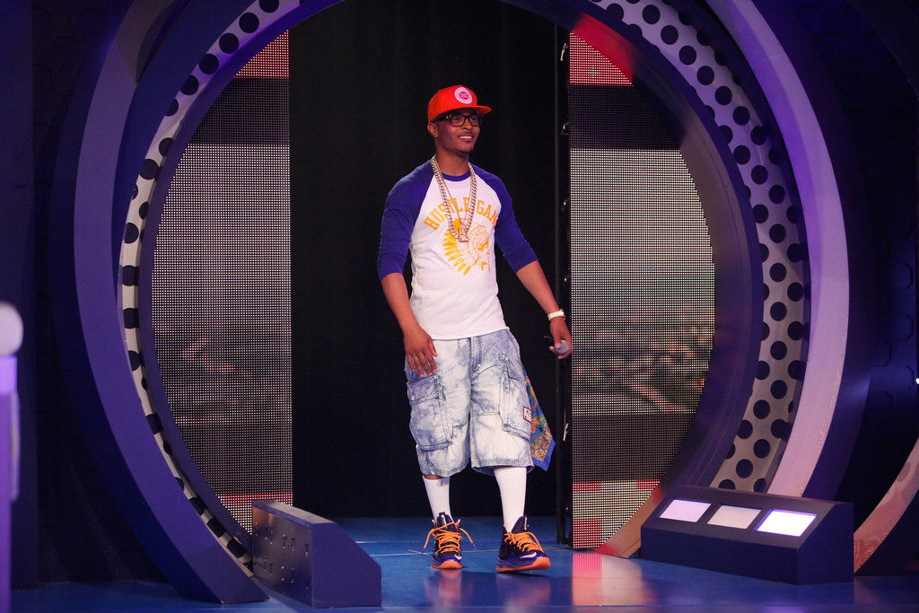 T.I. Wears Nike LeBron X PS Elite Superhero (2)