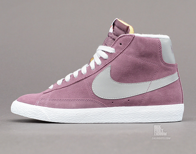 nike blazers grey and pink