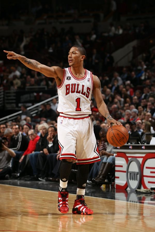 Derrick Rose wearing the adidas Crazy 8