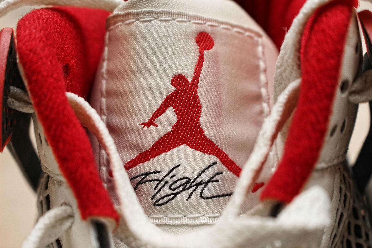 Michael Jordan Game-Worn Air Jordan 4 Fire Red from 1989 Tongue