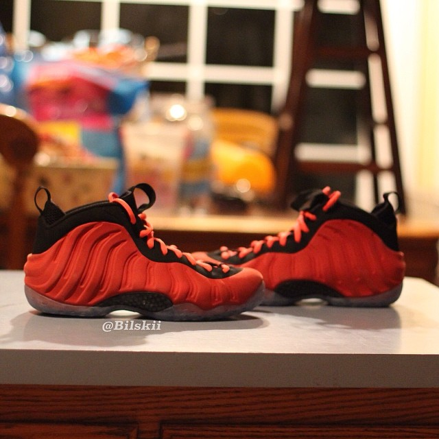Nike Air Foamposite One Red Suede Sample (3)