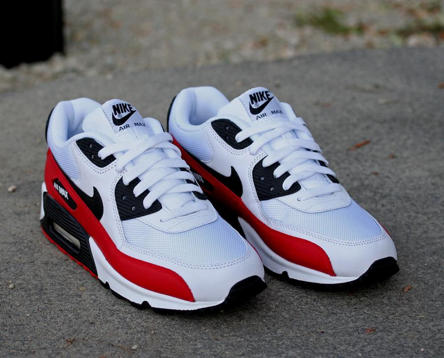 white and red air max 90