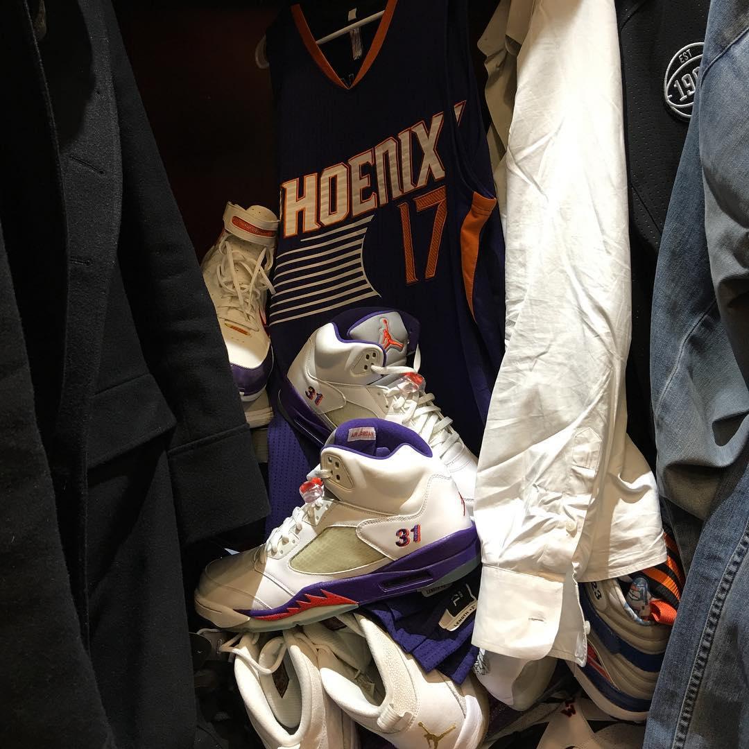 3ff228e35caf7e PJ Tucker wearing Shawn Marion s Air Jordan 5 Suns PE (2)