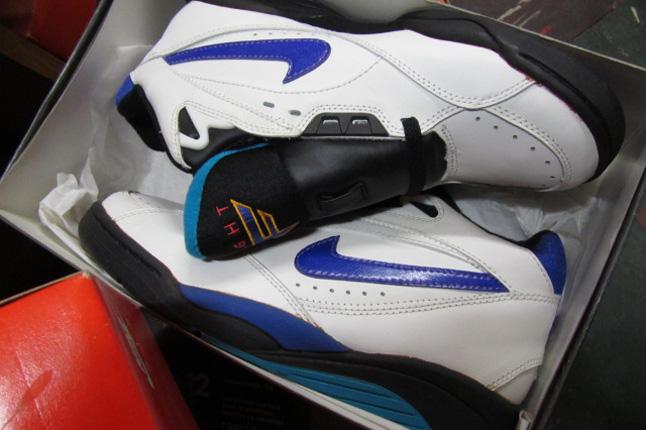 1adeafc9af78 Nike Zoom Sonic Flight