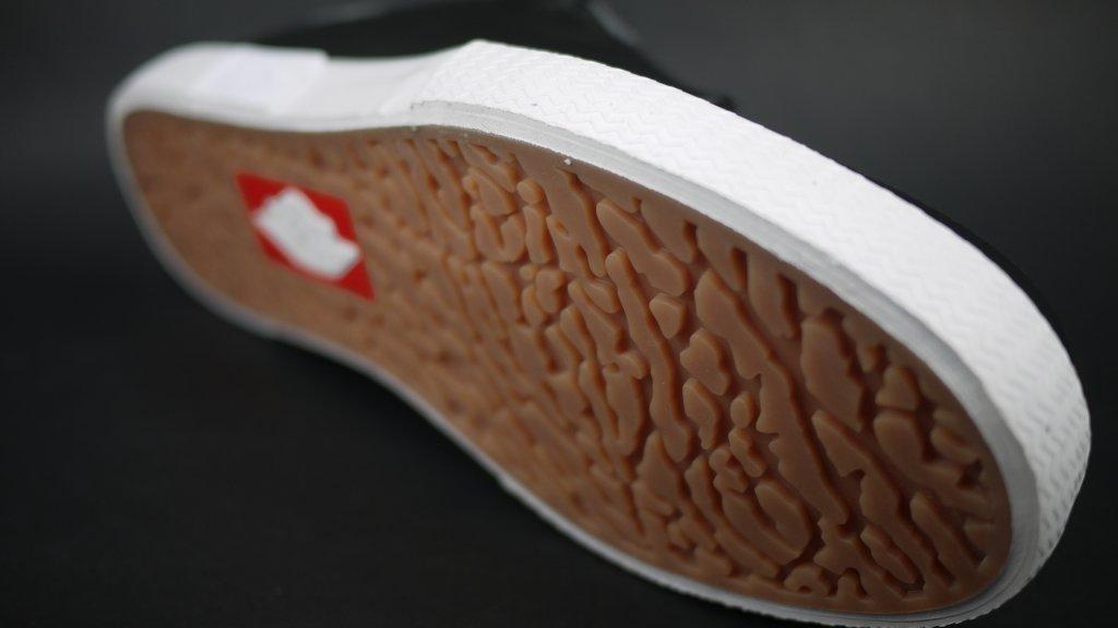 jordan low cut casual shoes