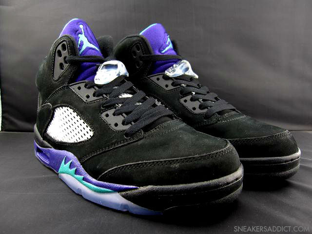 the best attitude dfb38 5e09c Air Jordan Retro V 5 Black Grape (1)