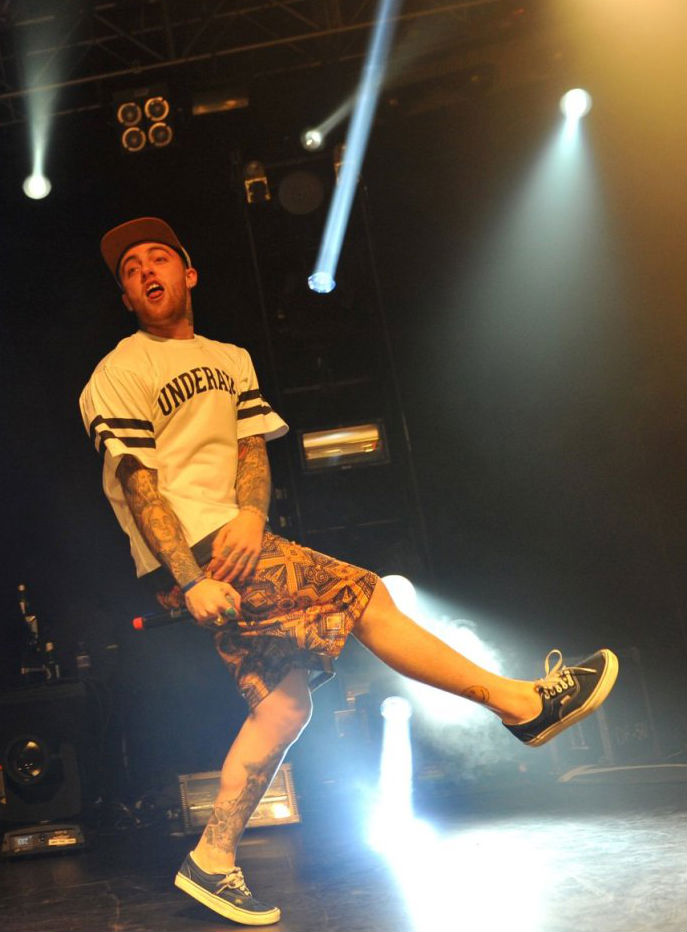 Mac Miller wearing Vans Era