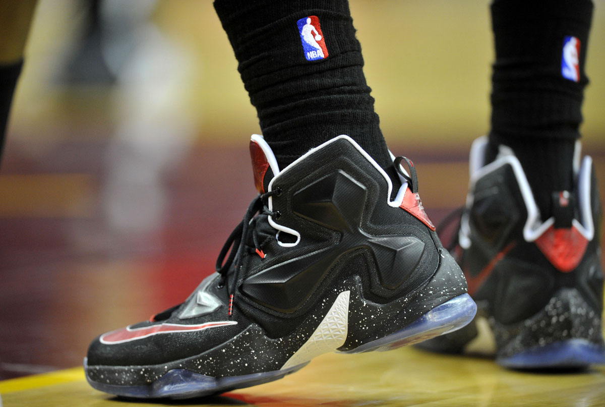 LeBron James wearing Black/White-Red Nike LeBron 13 PE (2)