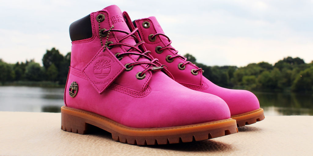 82eed1c23826 Susan G. Komen and Timberland Team Up for Breast Cancer Awareness Boot