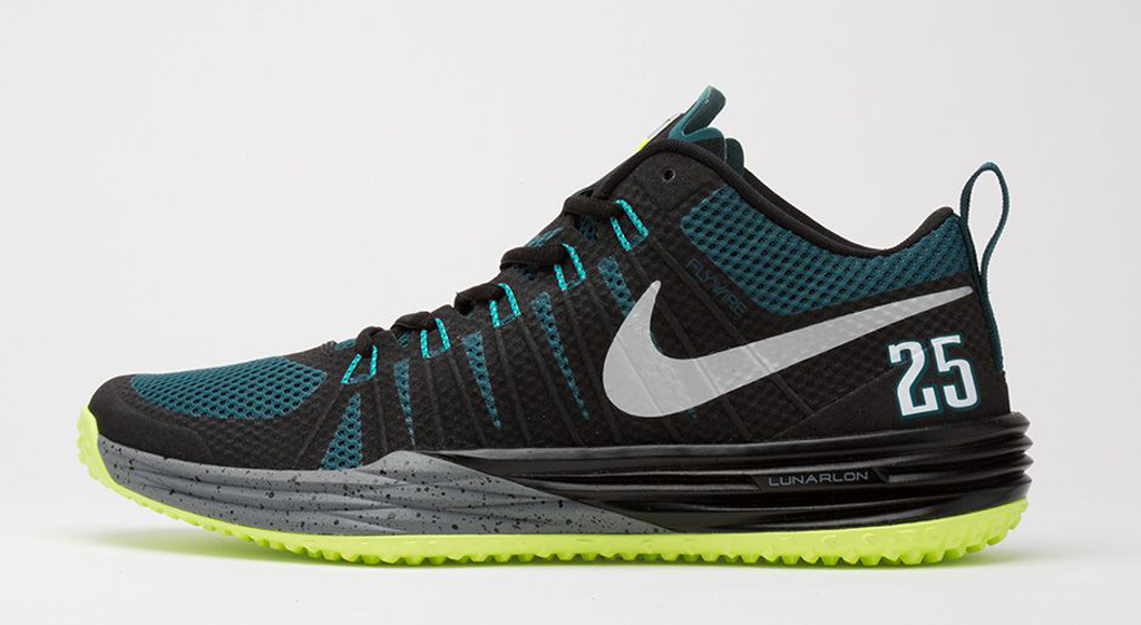64321eae8 The  Muscle Machine  Nike Lunar TR1 hits nike.com as well as select Nike  Training retailers on Monday