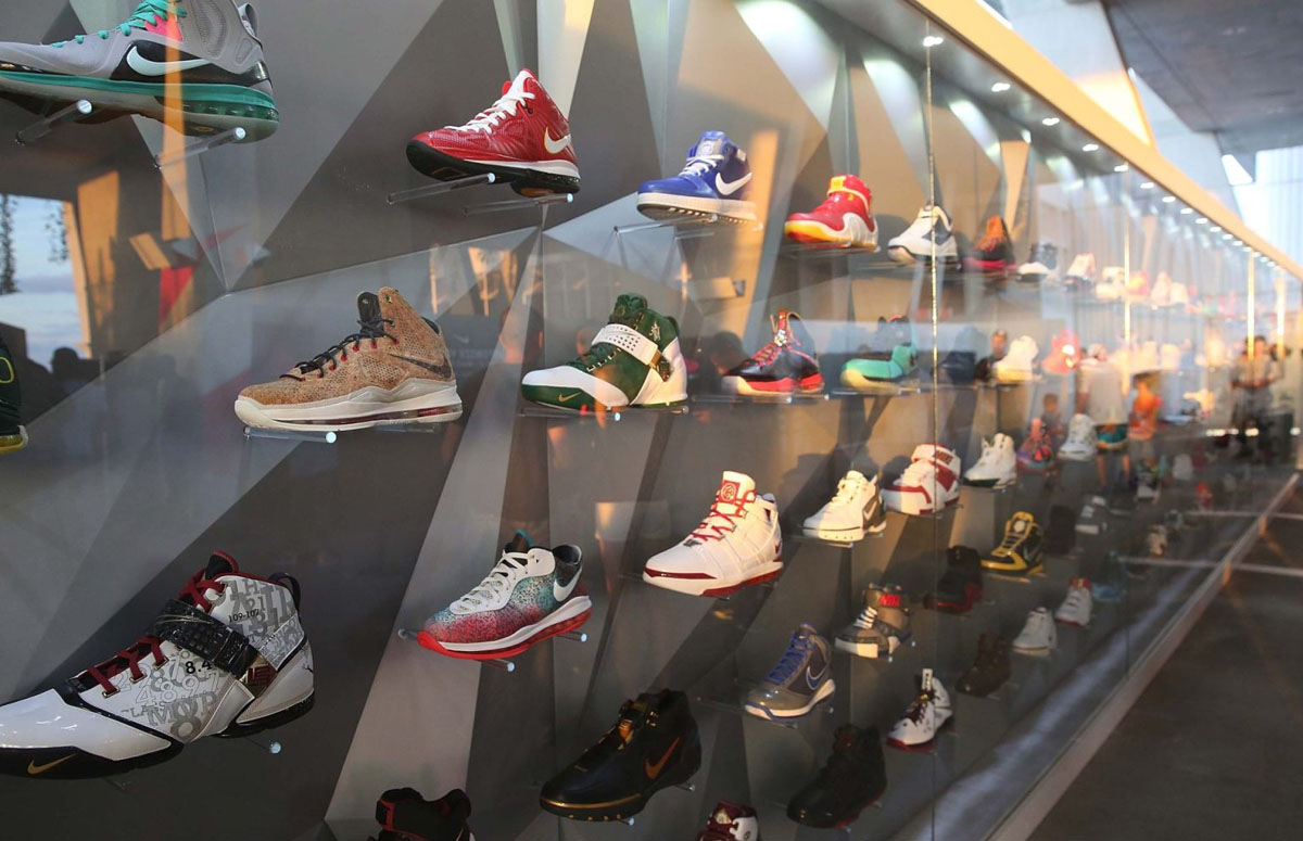Nike LeBron James 11/11 Experience Event Photos (22)