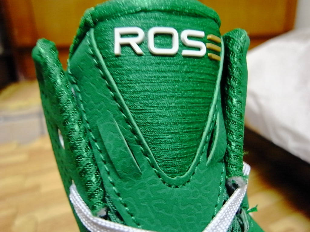 ed63bdb5d325 adidas adiZero Rose 2.5 St. Patrick s Day Fairway White Gold G49930 (7)