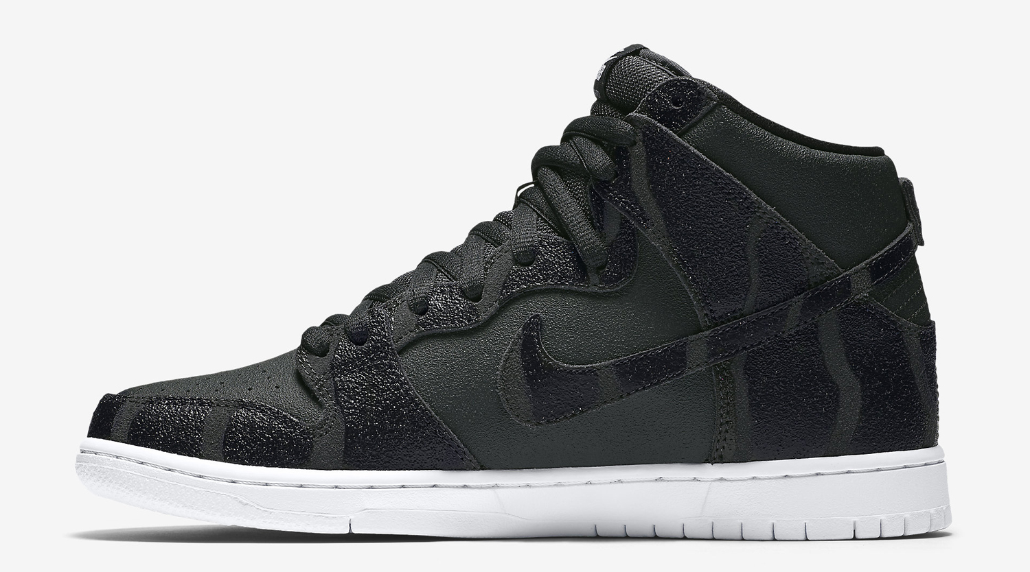 new product 77322 4ccd0 Nike Puts Griptape on Skateboarding Sneakers. The SB Dunk High ...