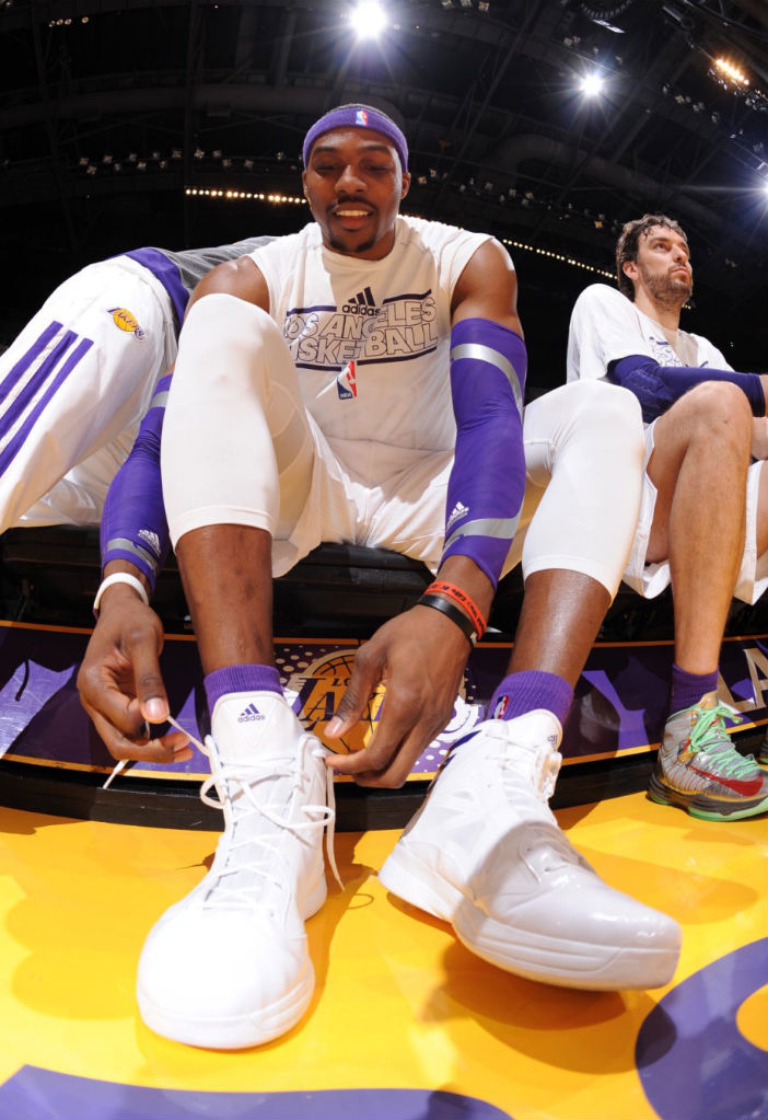 Dwight Howard wearing adidas Crazy Fast White Purple (2)