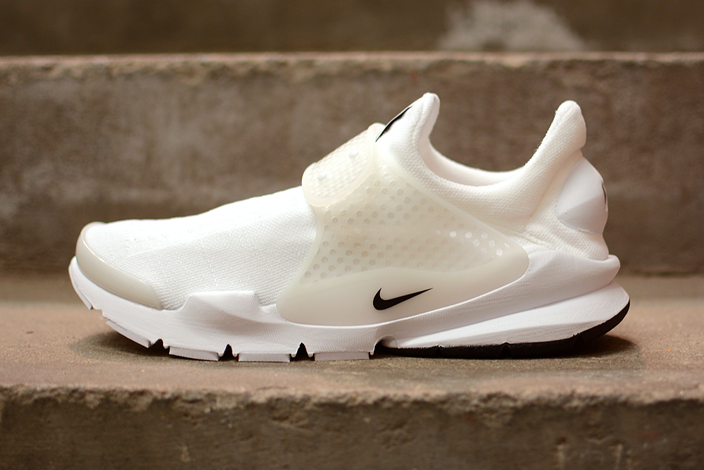 online store cca7a 31934 See How Nike's Sock Dart 'Independence Day' Pack Looks On ...