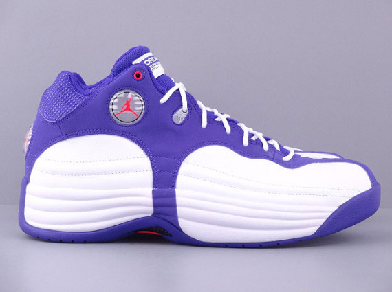 aca76d89863724 ... hot the white dark concord infrared 23 is now available online via  jimmy jazz. tags