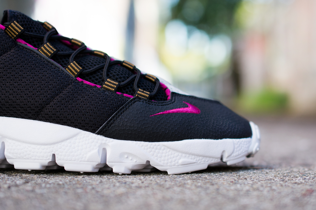 ... of black and 'Sea Spray' mesh for the upper with accents in 'Bright  Magenta'. Footscape fans can pick them up at select Nike Sportswear  retailers now, ...