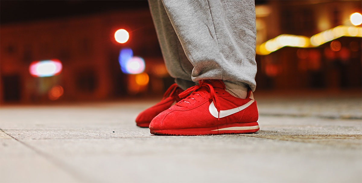 all red nike cortez shoes
