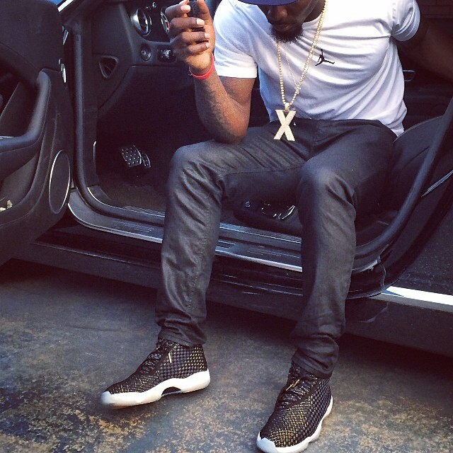 Dez Bryant wearing Air Jordan Future JBC