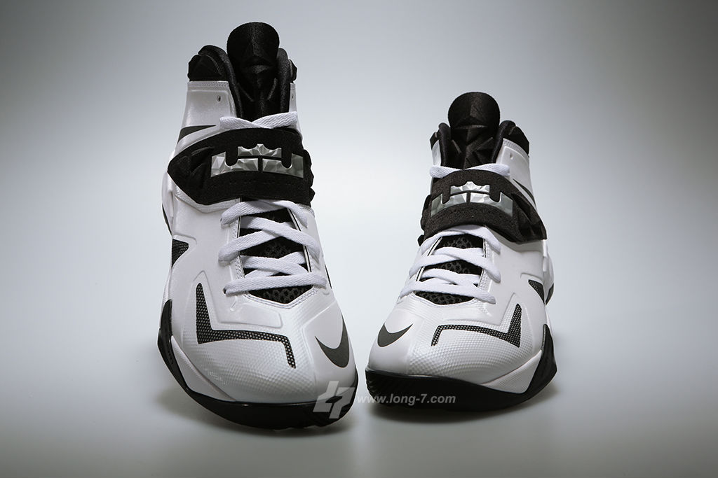 Nike Zoom Soldier VII 7 White/Black-Metallic Silver (3)
