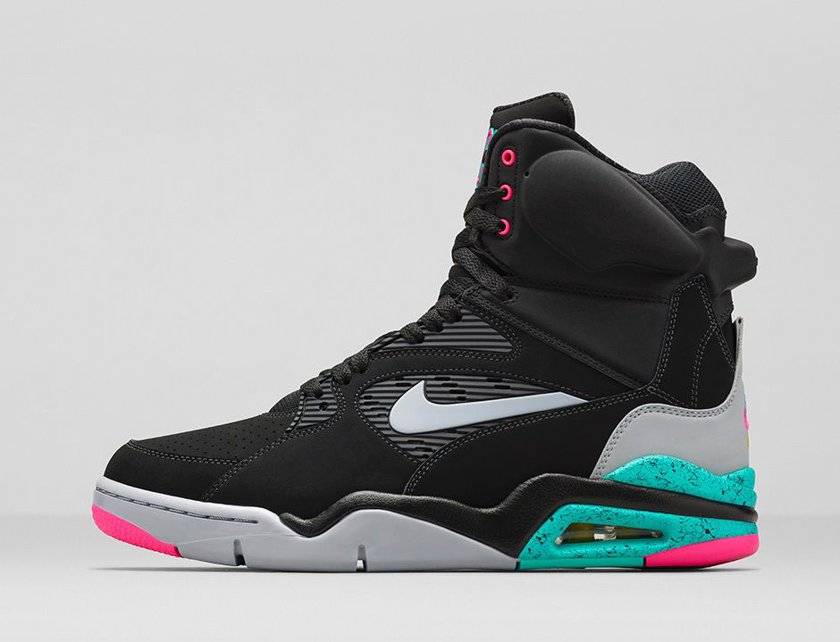 An Official Look at the  Spurs  Nike Air Command Force  df63df924