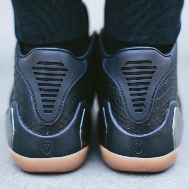 promo code 8bbad 8a4fc Nike Kobe IX 9 Mid EXT Black Gum Release Date (2)