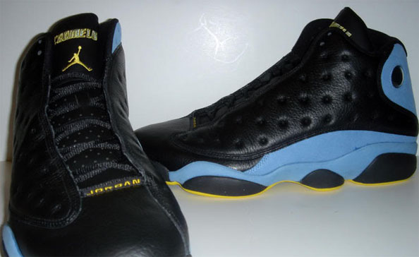 Carmelo Anthony wearing Air Jordan 13 Nuggets Away PE (2)