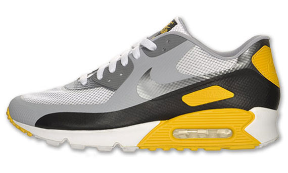 Live STRONG Air Max Women