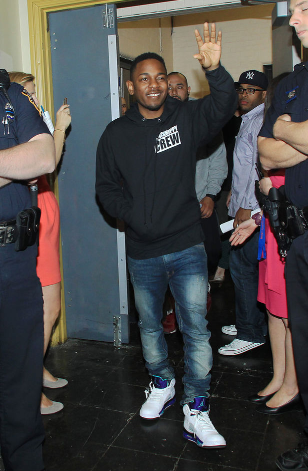 e311fbd6e734d8 Kendrick Lamar wearing Air Jordan Retro V 5 Grape (2)