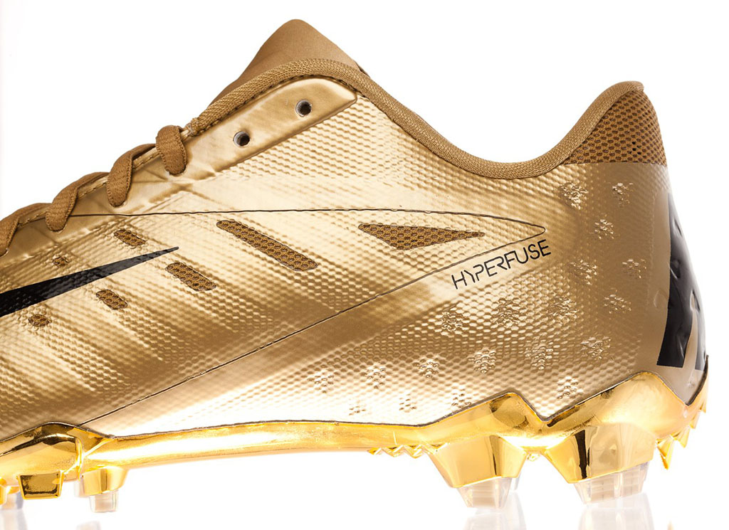 all gold nike cleats