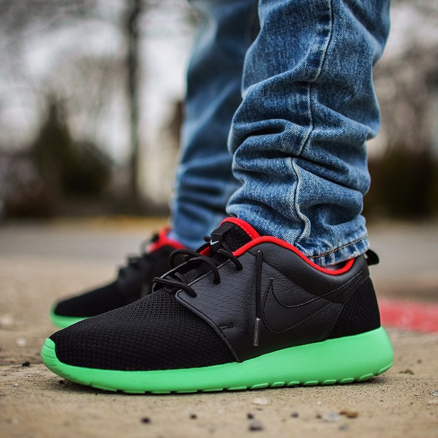 customized nike id roshe run nike id roshe run ideas Royal Ontario