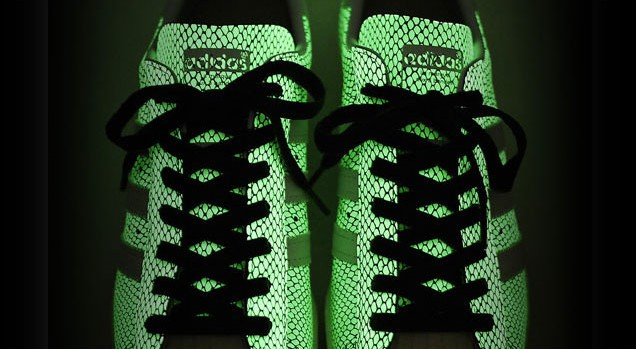 Best of 2011: adidas - Superstar 80s x atmos Black Snakeskin Glow in the Dark (2)