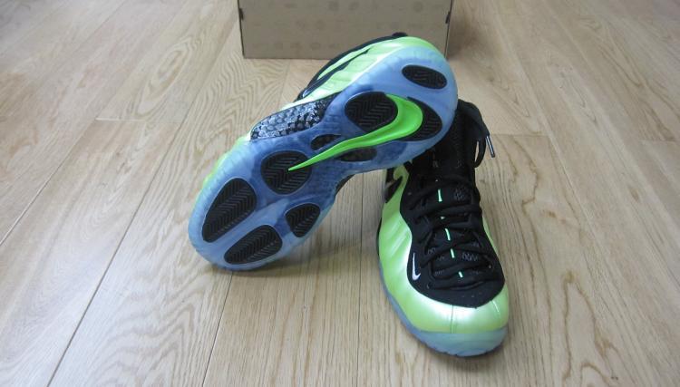 Genuine Nike Air Foamposite Pro Electronic Blue Retro Black-Whit