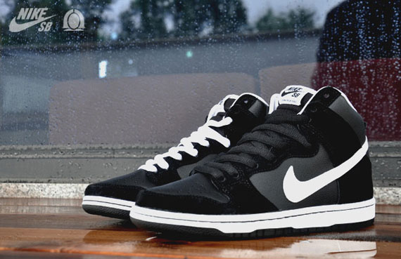 timeless design ff576 8e7ed Nike SB Dunk High - Black/White | Sole Collector