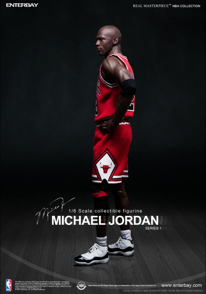 NBA x Enterbay Michael Jordan 1/6 Scale 'Away' Figure (3)