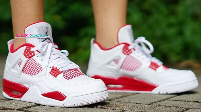 Air Jordan 4 'Alternate 89' On-Foot 308497-104 (1)