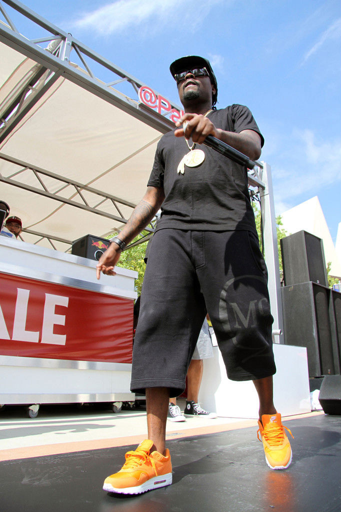 Wale wearing Nike Air Max 1 Orange Ripstop Nylon Pack (6)