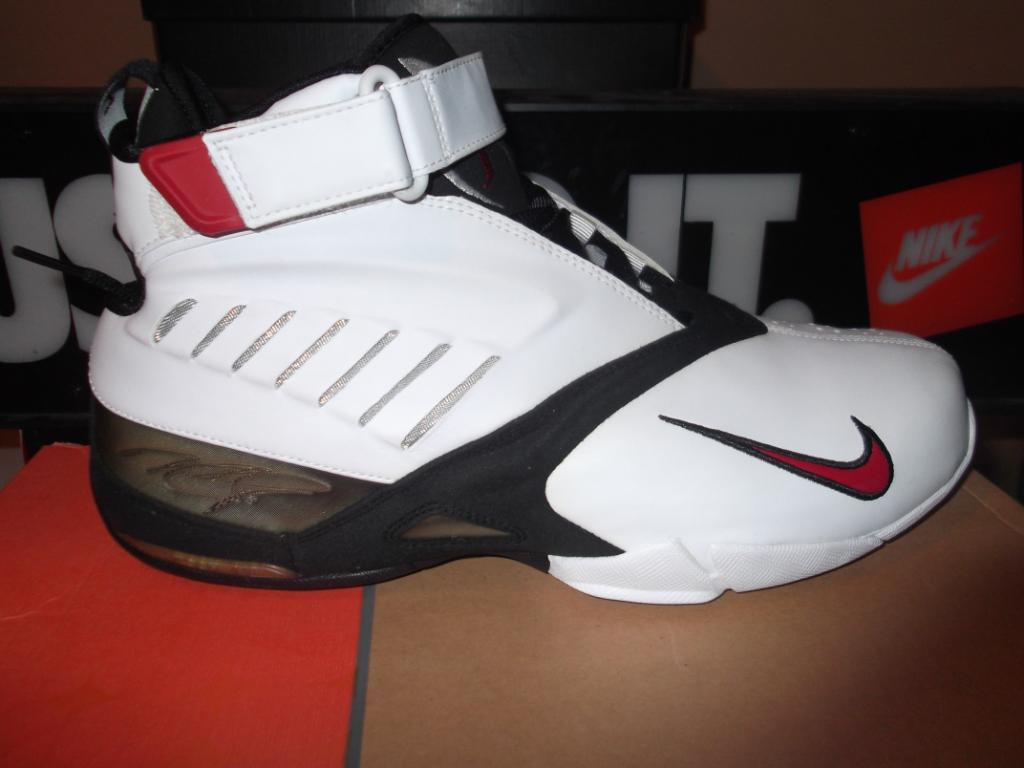Is the Nike Zoom Vick 1 Michael Vick s Next Retro   0a1670757